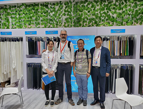 125th Canton Fair, welcome guests home and abroad to visit us on booth no.14.4E31-32 F 11-12